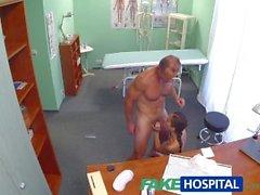 FakeHospital Русская куриных нарушает врачу половую милости