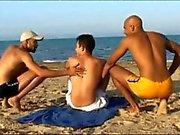 tourist Francesa fodido por 2 rapazes árabe