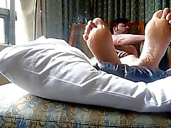 smoking and feet in bed