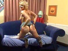 geile Deutsch Mütter anzeigen ihrer Muschi an der Webcams - Webcam Porno
