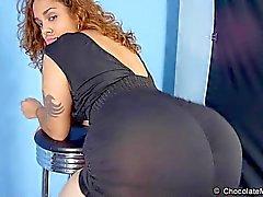 Scarlett - Huge Ass Latina Stripper