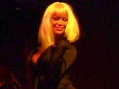 Christina Bella - Show salon du X - Paris septembre 2008