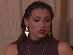 Jessy Dubai försöker att lämna henne BFs