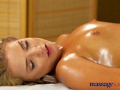 Massage Zimmer Kleine Titten