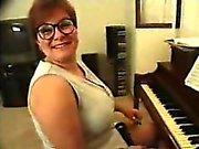 maestra di pianoforte venga ha insegnato !