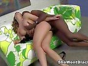 Chanel Preston anal gefickt von Mandingos großen schwarzen Schwanz