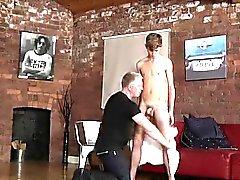 Omosessuale schiavitù maglia muscolare asiatico sveglio schiavitù cinema gratuito fi