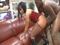 Işık Cilt BBW Ebony Fucked Doggystyle Ofiste Masada On