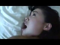 Amatör koreanska MILF Swallows