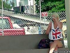 Assento em uma Dick no banco de trás
