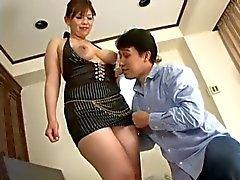 Gecensureerde dikke Aziatische vrouw neuken