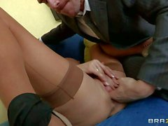 Veronica Avluv's squirting orgasm is the surprise for her husband