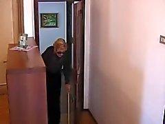 Italian mummo on perseestä allas