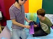 Emo ile Eşcinsel oğlan metro twink bir çocuk Kyler Moss Mil Pride şaşırtan