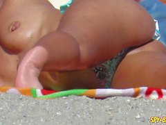 Topless MILFs Amateur - Voyeur Strand HD Video