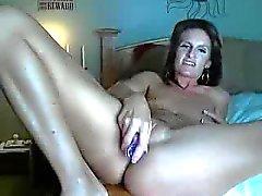 Bastante Milf masturbarse en webcam