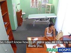 FakeHospital Rus civciv bir cinsel iyilik doktor verir