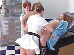 Les 3 infirmières et infirmiers étudiants - Partie 1er
