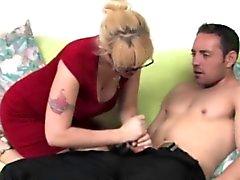Нх любящий мамаша с Spex подергивания дон