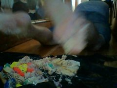 экскаватор босиком двойного торт раздавить с игровым DOH