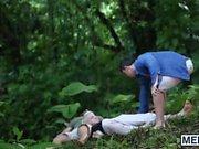 Luke Adams und Colton Grau bewältigen zu überleben den Dschungel