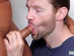 Grande cazzo sesso orale gay e sborrata