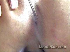 Lateinamerikanisch Transen McLayne Vanessa gerne mit ihre eigene Penis bei vor die Kamera zu spielen