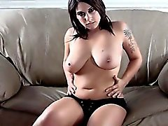 Steamy sexy titty fuck