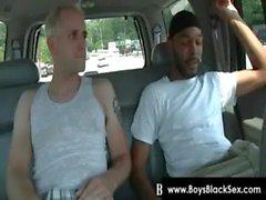 Siyahların Thugs Kırılma Aşağı Sissy The White Erkek sabit 19.