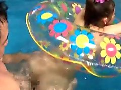 Mierda oriente aburrirse en piscina