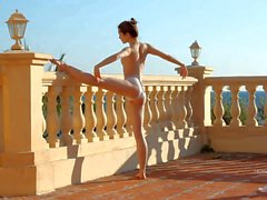 Naked Teen gymnast Zoe posing outside