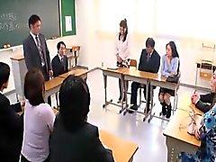 Japan anal mamma i klassrummet besöken