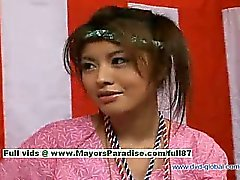 A Yuzuru giapponesi innocenti bellezza cinese parla sul sesso