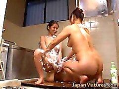 Japanse volwassen babe heeft seks part3