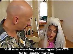 Brown волосами невесту делая Оральный