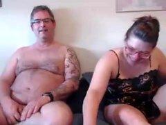 Große Brüste Honig fingern vor der Webcam