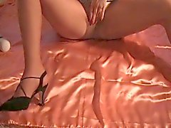 Squirting in pantyhose