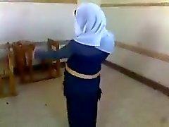 арабский танцевать