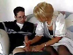 naapurinpojan vittuile hänen paras ystävänsä kypsä MILF äiti