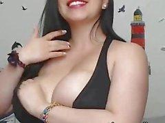 Live Cam Amateur Latina Bouncing Big Boobies While Fucking!