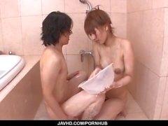Nasty Dusche Porn Erfahrungen mit Tiara Ayase