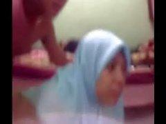Pecorina Gadis tudung Biru
