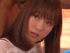 Momoka Rin järkyttävän jäykällä kalu dirty Kiihkeä kohtauksissa