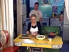 Küchen bös Großmutter