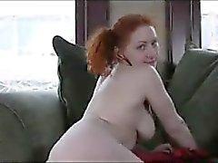 Brutto Capelli rossi Ditalino sua figa pelosa