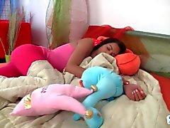 Adolecente Jessica se despierta córnea