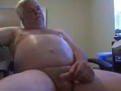 дедушка на веб-камере