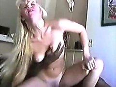 Blondi milf mariana kriguer interracial anaali