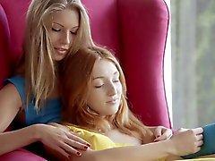 De lésbicas divertido adolescente
