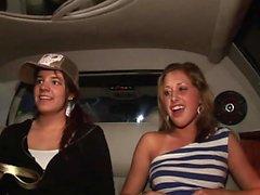 meninas doces ficar nu no carro